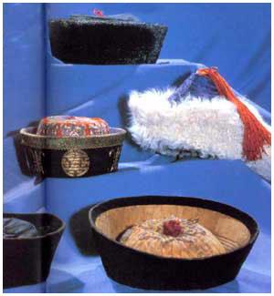 蒙古族各式帽子